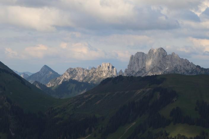 vue sur les Gastlosen dans le canton de Fribourg